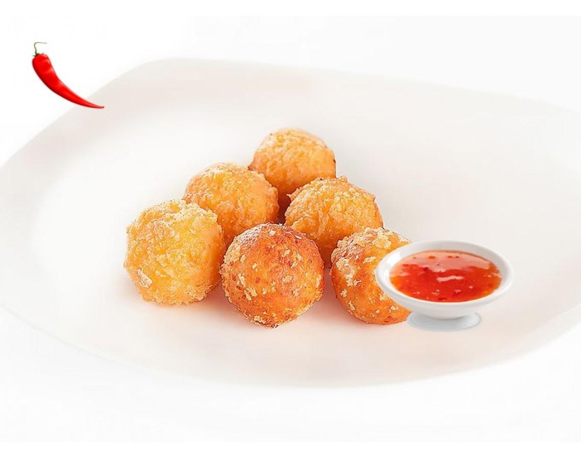 Острые сырные шарики с соусом чили сладкий